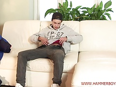 Helping hand Patrik Sykora from Hammerboys TV