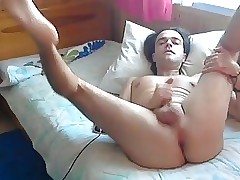 cam show on- gay pink butt hole & feet