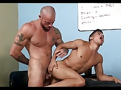 A police officer daddy fuck hard latino papi