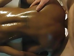 Thai boy newbie tries to get fucked doggystyle by white guy