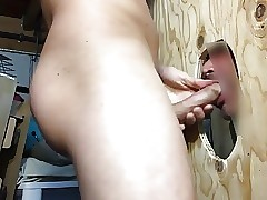 Trading blowjobs and facial cumshots at the glory hole