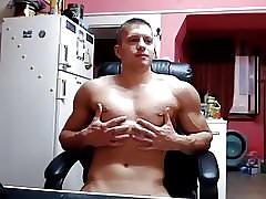 Handsome Muscle Boy Cums On Cam,Huge Deep Asshole (Wow)