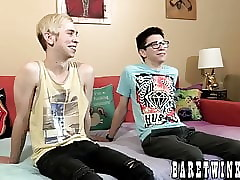 Romantic twink lover blasts out his load while raw banging