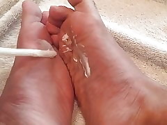 Cream on my feet 2