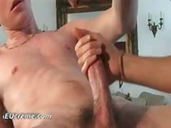 Gay twinks love sucking that pole gay porn