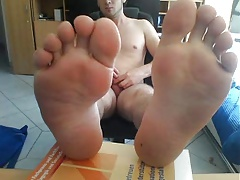 straight guys feet on webcam 59 - soccer player from germany