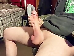 TEEN PLAYING HIS MONSTER COCK!